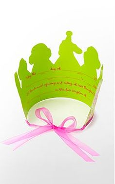 """Now I can be the """"Party Princess"""" of my dorm room with this lovely Lilly crown!"""