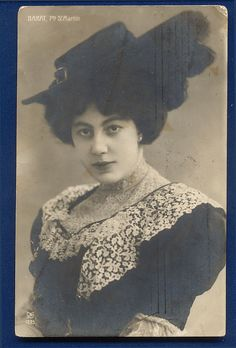 Vintage French Actress Postcard