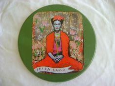 Quadrinho Frida Kalho, com colagem de recorte e pintura!