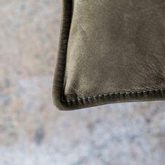 Cargo_Chair_Black_OutbackBillabong_StitchDetailk_Project82.jpg