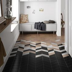Chevron is a very popular pattern to use, especially for home décor, it's timeless and easily fits any interior. Here are the best ideas to use chevron. Chevron Floor, Chevron Tile, Herringbone Tile, Grey Chevron, Geometric Tiles, Transition Flooring, Tile To Wood Transition, Floor Patterns, Wood Floor Pattern