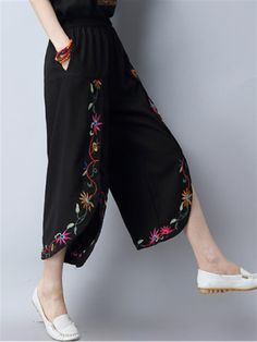Gorgeous Vintage Embroidery Women Slit Wide Leg Pants - NewChic Mobile You are in the right place about clothes for women elegant Here we offer you the most beautiful pictures about the cool clothes f Fashion Pants, Look Fashion, Hijab Fashion, Fashion Outfits, Party Fashion, Salwar Designs, Blouse Designs, Lehnga Dress, Pants For Women