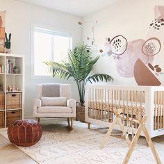 Baby Bedroom, Baby Boy Rooms, Baby Room Decor, Baby Girl Nurseries, Baby Room Rugs, Baby Room Design, Nursery Design, Design Girl, Baby Room Neutral