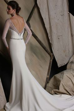 Victor Harper wedding dress style VH191, back view in silk crepe #openback #trumpet #longsleeve