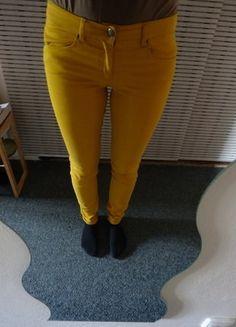 Kupuj mé předměty na #vinted http://www.vinted.cz/damske-obleceni/uzke-kalhoty/13521710-horcicove-zlute-kalhoty