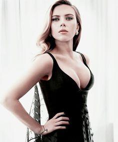 More Scarlett Johansson Photography Women, Scarlett Johansson, Woman Crush, Beautiful Actresses, Hot Girls, Beauty, Black Widow, 35th Birthday, Movie Stars