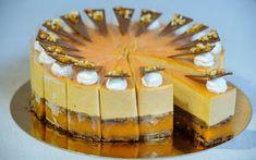 Pannonhalmi sárgabarack pálinkás karamell torta - Hiszed.Com Hungarian Desserts, Hungarian Recipes, Apricot Brandy, Biscoff Cookie Butter, Cake Recipes, Dessert Recipes, Torte Cake, Classic Cake, Confectionery