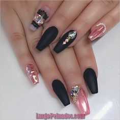 False nails have the advantage of offering a manicure worthy of the most advanced backstage and to hold longer than a simple nail polish. The problem is how to remove them without damaging your nails. Marriage is one of the… Continue Reading → Pink Chrome Nails, Chrome Nail Art, Matte Nails, Pink Nail, Acrylic Nails, Nail Art Design Gallery, Nail Art Designs, Fingernail Designs, Fancy Nails