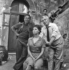 "Raf Vallone , Sophia Loren & Vittorio De Sica On the set of "" La Ciociara "" , 1960 Hollywood Actresses, Old Hollywood, Actors & Actresses, Divas, Acting Lessons, Sophia Loren Images, Nostalgia, Marcello Mastroianni, Ballerina"