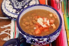 Mexican Beans - Soul warming basic Mexican Dish - Mex Mundo #mexicandishes #beans #refriedbeans