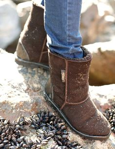 Aqualamb Boots Regular, from Celtic & Co. I want them so badly! I am sick of cold-wet feet in this rainy Dutch weather! Mens Suede Boots, Sheepskin Boots, Wet Weather, Boots Online, Bearpaw Boots, Cowboy Boots, Celtic, Britain, Uggs