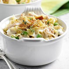 Garlic Parmesan Chicken and Noodles | Elegant Foods and Desserts
