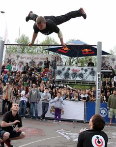 Gymnastic show for outdoor events http://streets-united.com/blog/