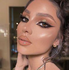 Gold Makeup Looks, Glam Makeup Look, Cute Makeup, Gorgeous Makeup, Pretty Makeup, Makeup Looks For Prom, Glamour Makeup Looks, Gold Eyeshadow Looks, Romantic Makeup