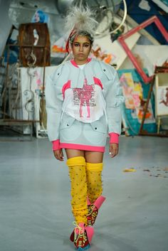 See the complete Meadham Kirchhoff Spring 2015 Ready-to-Wear collection.