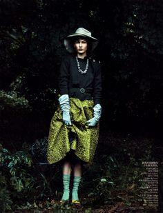 fakingfashion: Vogue China August 2010 | Secret Garden | Peter Lindbergh