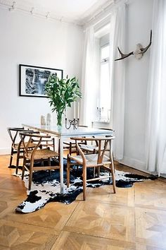 rug (also like table and chairs) Decorating idea for loft space