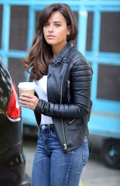 English actress and model Georgia May Foote was spotted outside ITV Studios in London on May, The looked casual and cool… Beauty Full Girl, Beauty Women, Georgia May Foote Instagram, Studio 21, Gal Gabot, Leder Outfits, Lace Up Booties, Sexy Jeans, Girls Jeans