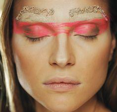 Eyebrows and tribal eyes - Paris Fashion Week 2011