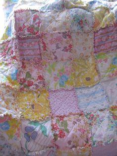 Thrifty Crafting: Vintage Sheet rag quilt