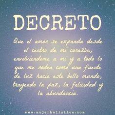 Decretando mis intenciones ✨ #amor #decreto #nuevoaño #bienestar #luz #mundomejor #mujerholistica