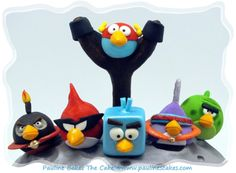 """Grrr! Angry Birds Space """"Fly Me To The Moon"""" Cake! - by paulinescakes @ CakesDecor.com - cake decorating website"""