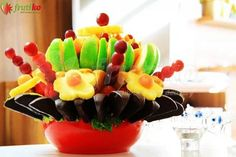 Fruit cocktail is flower which created from fresh fruit, it is great as a decoration for corporate event, wedding or other events. Fruit Flowers, Big Party, Fresh Fruit, Fruit Salad, Sushi, Cocktails, Tasty, Chocolate, Ethnic Recipes