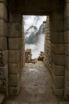 """""""Door to the clouds in Machu Picchu, Peru"""" . Porta sulle nuvole a Machu Picchu, Perù) . Machu Picchu, Travel Log, Peru Travel, Places To Travel, Places To See, Ancient City, Argentine, Dream Vacations, The Journey"""