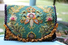 Embroidery Purse, Silk Ribbon Embroidery, Cross Stitch Embroidery, Embroidery Patterns, Art Fil, Fabric Purses, Cecile, Embroidered Bag, Ribbon Work