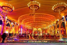 Amazing decor! Portfolio by WeddinGalary, Delhi #weddingnet #wedding #india #indian #indianwedding #mandap #mandapdecor #mandapdesigns #mandapdecoroutdoor #outdoorwedding #mandapideas #weddingdecor #decor #decorations #decorators #indianweddingoutfits #outfits #backdrops #llittlethings #flowers #flowersdecor