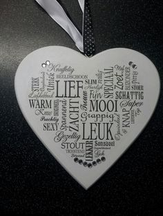 Houten hart, gemaakt met gesso-rultechniek