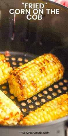 Skip the grill with this easy corn on the cob recipe. Use the air fryer to make the perfect corn side dish! Fried Corn On The Cob Recipe, Corn Recipes, Easy Recipes, Air Fryer Cooking Times, Easy Vegetable Side Dishes, Air Fryer Recipes Easy, Roasted Corn, Corn On Cob, Fresh Fresh