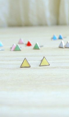 18K Gold tiny triangle earrings, soft yellow studs, Tiny post earring, simple earrings, geometric earrings, minimalist jewelry, gift for her