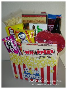 Movie Night Basket Gift Date Night Gift Basket complete with popcorn, movie, candy & choc… Movie Basket Gift, Movie Night Gift Basket, Date Night Gifts, Valentine's Day Gift Baskets, Movie Gift, Candy Baskets, Homemade Gift Baskets, Homemade Gifts, Valentine Day Gifts