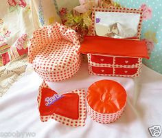 Vintage 1970 Barbie Blow Up Puff-n-Play Barbie Doll House Furniture Rare Hearts