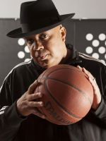 Rev. Run, Hip-Hop Legend & Twitter Winner, Is Back On TV #refinery29