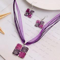 2017 precio de Fábrica de sistemas de La Joyería Al Por Mayor pendientes de Gota Para Las Mujeres Colgante de Cristal collar de Cadena de la Cuerda de Cuero set conjunto de joyas