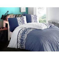 Realizate la standarde de calitate din bumbac 100% de tip ranforce, se remarca datorita rezistentei materialului si dimensiunilor generoase. Au o tesatura fina si placuta la atingere si va ofera confortul de care aveti nevoie in fiecare clipa. Comforters, Blanket, Bed, Furniture, Home Decor, Creature Comforts, Quilts, Decoration Home, Stream Bed
