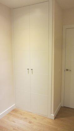 Detalle de armario de dormitorio secundario.