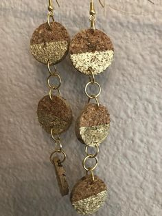Come in silver leaf or gold leaf. Upcycled wine cork earrings that are long a beautiful! You will get so many compliments with these. Wine Cork Jewelry, Wine Cork Art, Bottle Jewelry, Wine Cork Crafts, Metal Jewelry, Beaded Jewelry, Wine Corks, Wine Bottles, Bottle Crafts