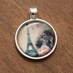 Paris Eiffel Tower Glitter Circle Vintage by HConwayPhotography    http://www.etsy.com/listing/96952258/paris-eiffel-tower-glitter-circle