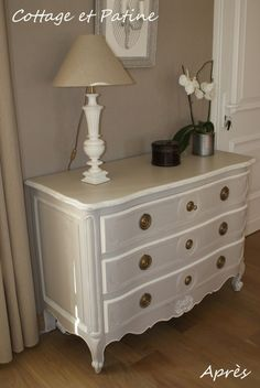 Ideas For Shabby Chic Furniture Diy Projects Dressers Metal Patio Furniture, Deco Furniture, Shabby Chic Furniture, Shabby Chic Decor, Home Furniture, Furniture Design, Diy Projects Dresser, Diy Furniture Projects, Upcycled Furniture