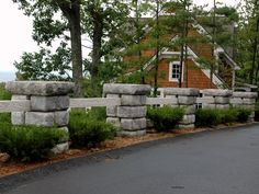 Landscaping Inspiration Photo Gallery - Retaining Walls, Stone Steps, Pavers, Retaining Wall Caps, Pillars and Columns
