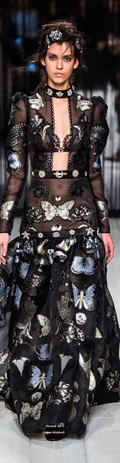 Alexander McQueen Collection Fall-winter 2016-2017