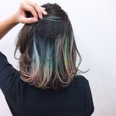 Hair rainbow short dark 39 ideas for 2019 Hair Color Streaks, Hair Color Balayage, Hair Highlights, Medium Fine Hair, Medium Hair Cuts, Rainbow Hair, Dark Hair, Hair Inspiration, Dyed Hair