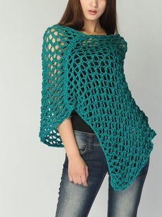 This loose weaved beautiful poncho is made of 100% eco cotton in nice Emerald Green shade. It is a perfect item for Summer/ Fall that you want to feel a little warmer on a morning or evening. It also can be wear in winter as a scarf. Size: one size fit most. (US 0-10)  Hand wash only and lay flat to dry.  I have other colors for this poncho. Pls. Check my shop for details: http://www.etsy.com/shop/MaxMelody?section_id=7175104  Made to order. Pls. Allow me 5-7 day...