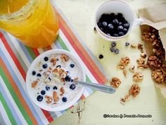 Desert rapid cu quinoa, nuci şi afine1 Quinoa, Cereal, Food And Drink, Pudding, Cooking, Breakfast, Desserts, Recipes, Toys