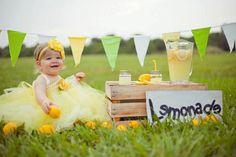 Cute photoshoot idea!