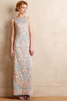 I'm quite impressed by the impeccable tailoring and appliqué perfection on this Anthropologie gown. There's a Romanesque romanticism to this piece which is easily red carpet worthy. Royal Garden Maxi Dress #anthropologie