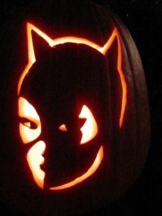 #thinkgeekoween  catwoman pumpkin :)